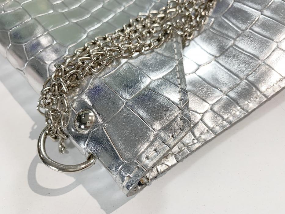 Dreaming in silver croco clutch